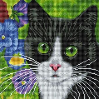 """520-ST-S Алмазная мозаика на подрамнике """"Кот в анютиных глазках"""" (30х30 см)"""